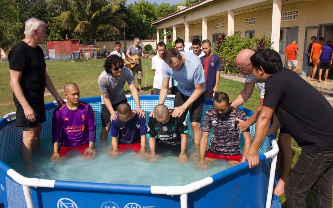 123 brothers & Sisters Baptized